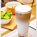 Love One Cafe (28).jpg