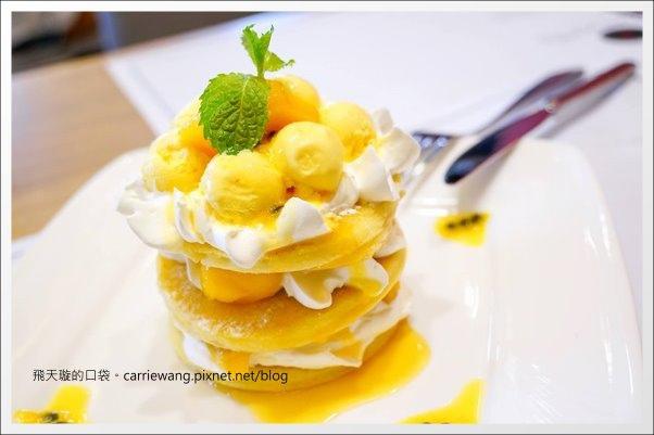 Love One Cafe (33).jpg