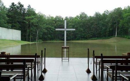 Ando-Church-B02.jpg