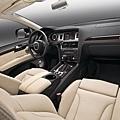 Audi Q7小改款-內裝_規格配備以實車為準.jpg