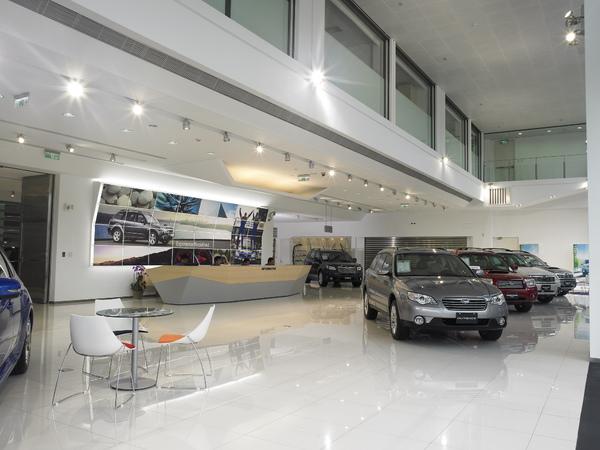 SUBARU Center 一樓展示中心.jpg