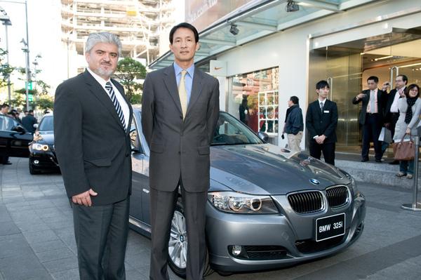 BMW總代理 汎德公司杜黃旭總經理與BMW大中華區進口業務部售後服務總監Mr. Ekrem Sak.jpg