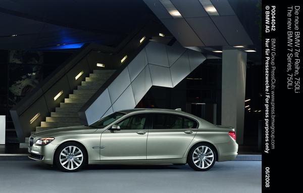 全新BMW 750Li.jpg