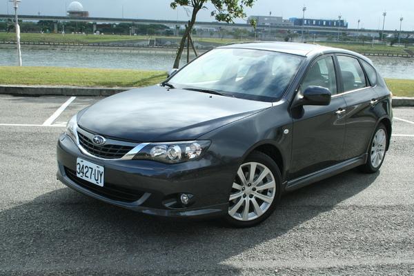 Impreza 2.0 Subaru 5D.jpg