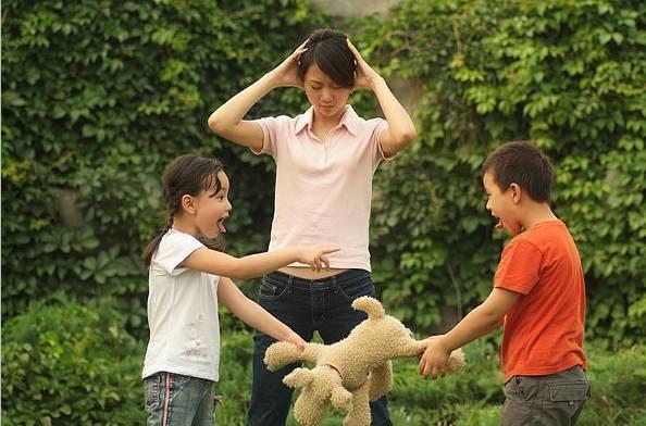 父母該如何教? 老二還小愛破壞,弄到老大很生氣 @ 天才領袖 親子網 感覺統合 兒童發展 早期教育中心 :: 痞客邦
