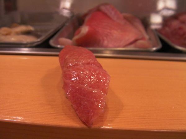 第一貫  とろ(TORO)鮪魚肚肉