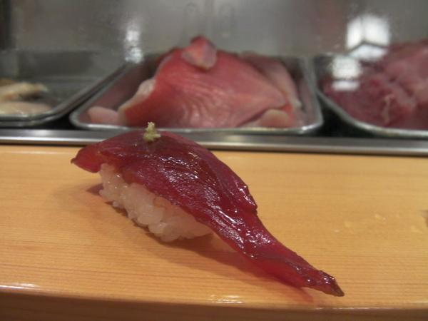 第五貫 まぐろ(黑鮪魚)