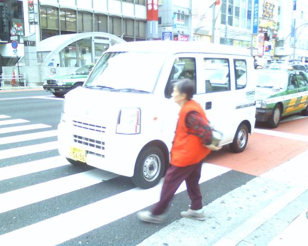 上野拍的可愛車車
