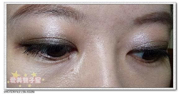 媚比琳眼線液+眼影10.jpg