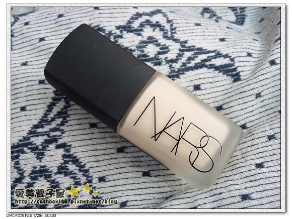 NARS粉底液01