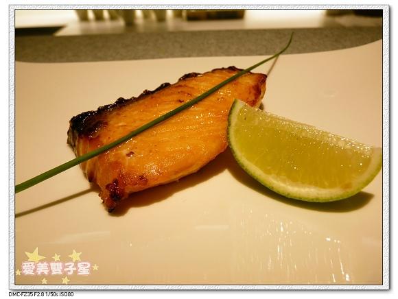 美威鮭魚11.jpg
