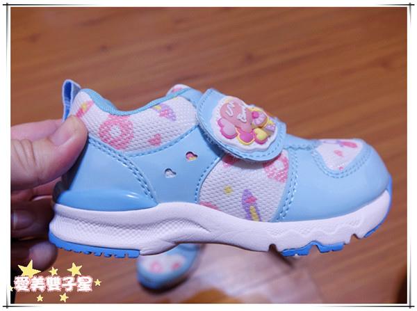 日本兒童機能鞋13.jpg