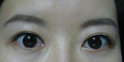 annasui眼線液05.jpg