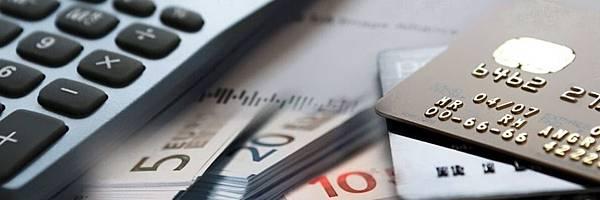 credit-card-exchange-for-cash.jpg