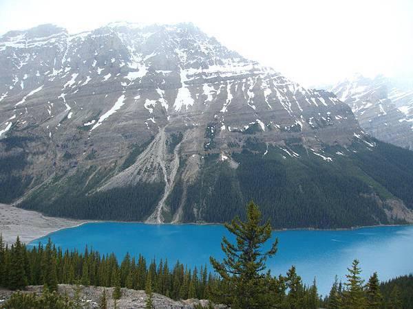 Peyto Lake 1.jpg