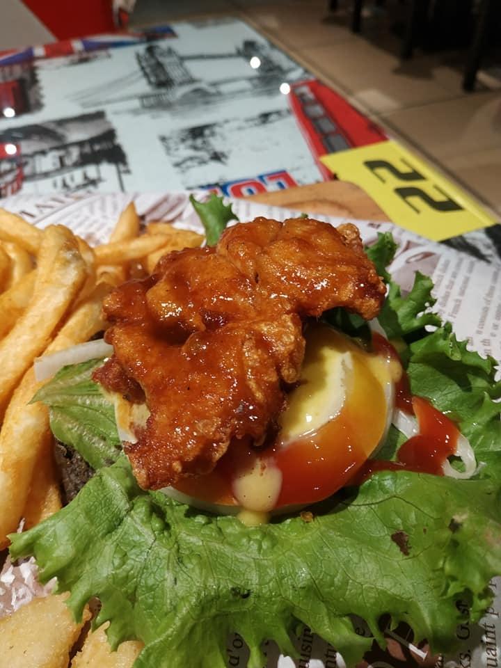 1981 burger store22.jpg