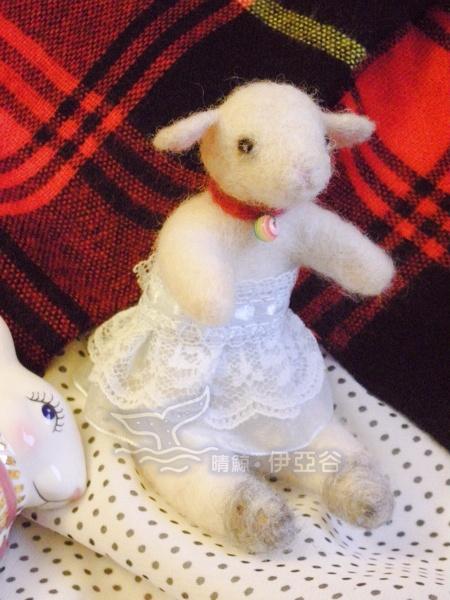 小白羊b.jpg