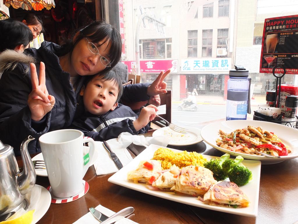 2013-04-27星期五美式餐廳006