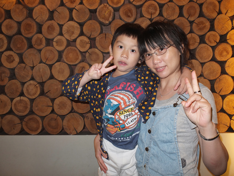 2013-06-08金李朴韓國餐廳022