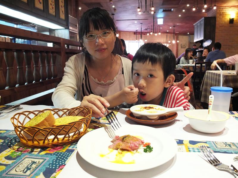 2013-06-12桃園牛排餐廳007