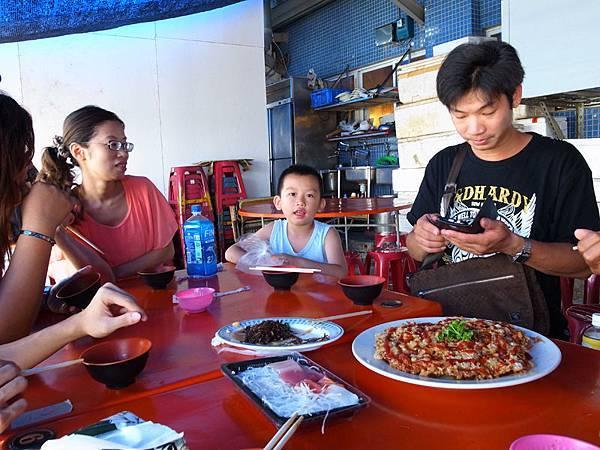 2013-09-08東港華僑市場017.jpg