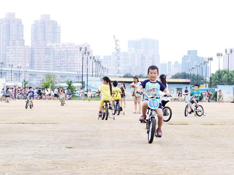 2013-09-30學會騎車006.jpg