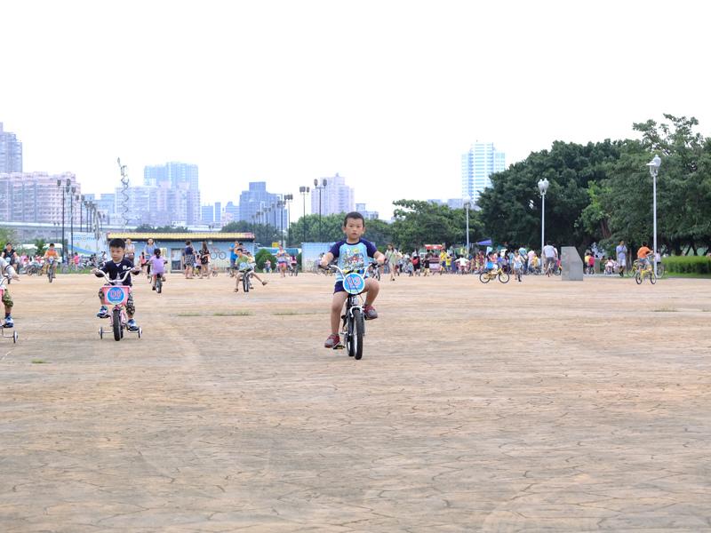 2013-09-30學會騎車010.jpg