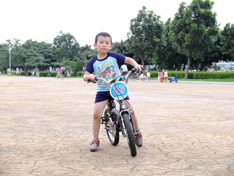 2013-09-30學會騎車012.jpg