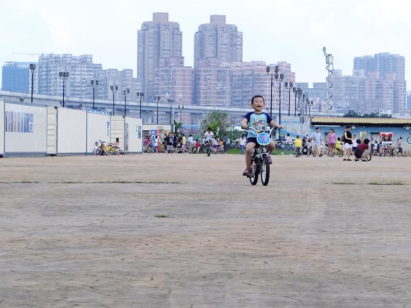 2013-09-30學會騎車016.jpg