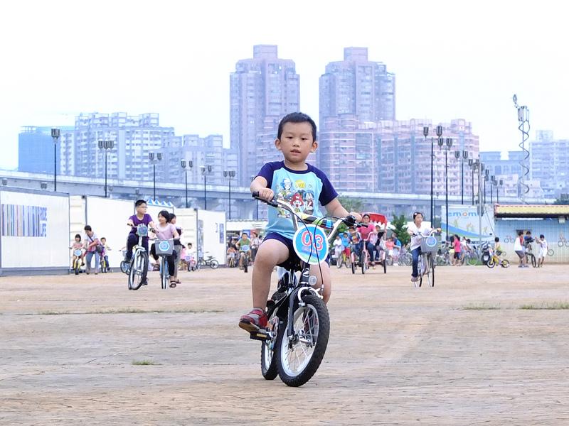 2013-09-30學會騎車024.jpg