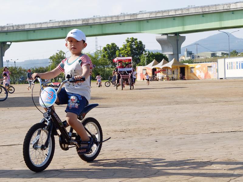 2013-10-11提防騎車003.jpg
