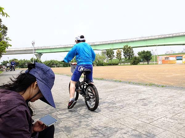 2014-03-30堤防騎車006.jpg