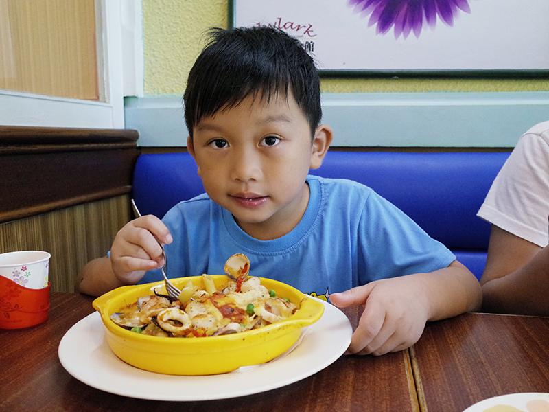 2014-09-27Skylark加州風洋食館006.jpg