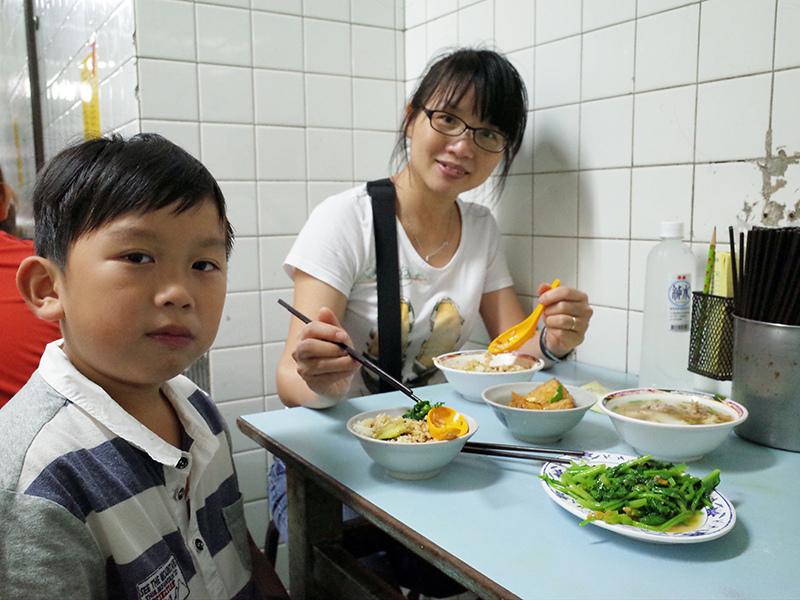 2014-11-29金鋒滷肉飯008.jpg