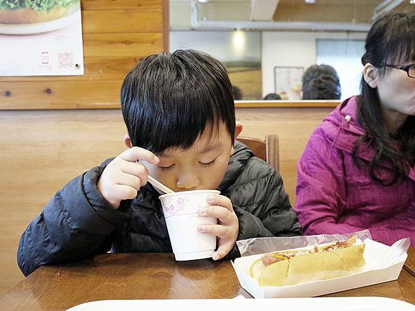 2015-02-23吃早餐005.jpg