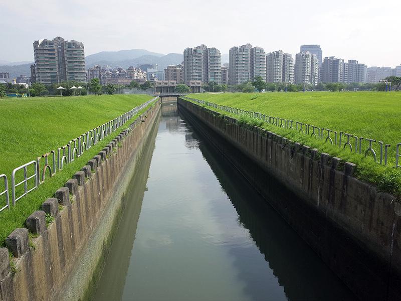 2015-05-09新光人壽全國公益健行活動018.jpg