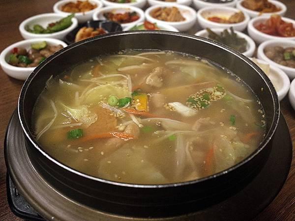 2015-09-28朝鮮味韓國料理007.jpg