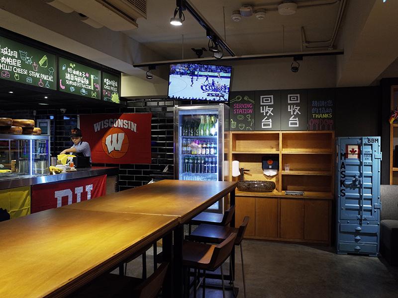 2016-01-08CAMPUS CAFE003.jpg