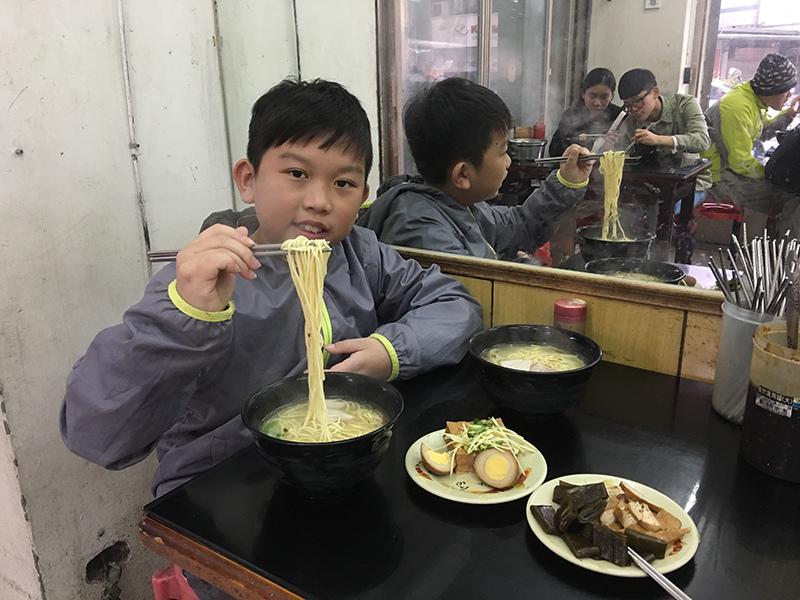 2019-01-20滷肉飯002.jpg
