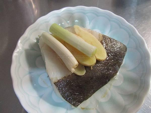 電鍋料理-清蒸鱈魚