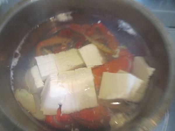 [螃蟹三吃]味噌蟹腳豆腐湯 螃蟹料理 秋天螃蟹