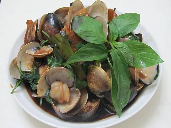 臉黃黃太太-5分鐘料理-塔香蛤蠣