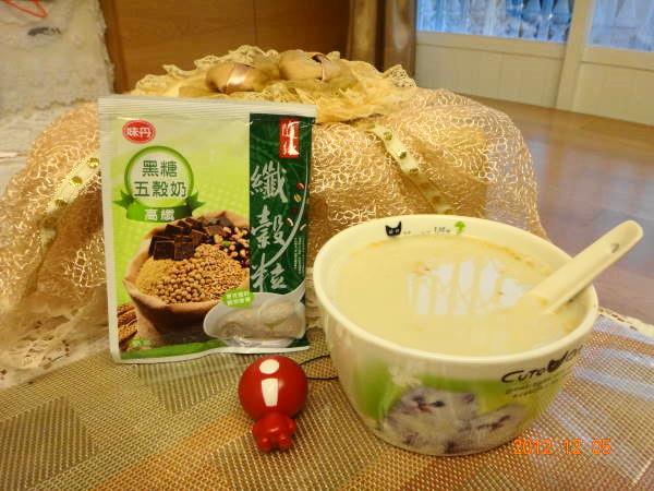 味丹五穀奶5.JPG