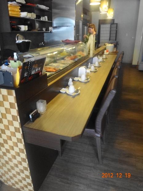 助壽司-座位3.JPG