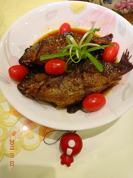 蔥烤鯽魚7.JPG