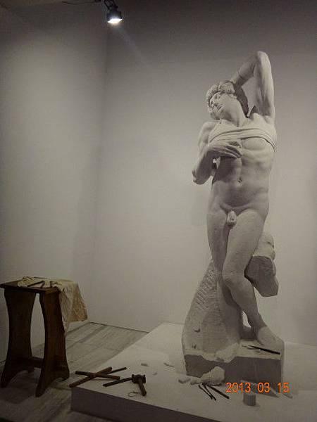 雕刻.JPG