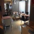 官邸-早餐座位1.JPG