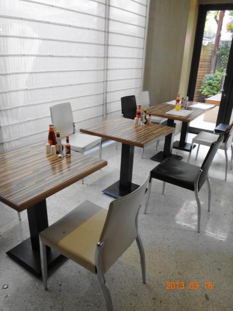 官邸-早餐座位2.JPG