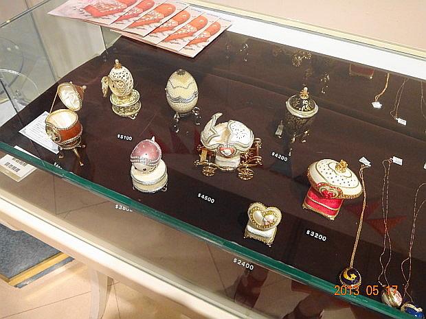 販售的蛋藝術品3.JPG