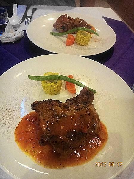 晚餐11-1.JPG